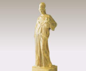 聖具箱を持つアテナ女神